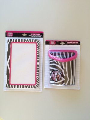 Photo Frame and Magnetic Bin package
